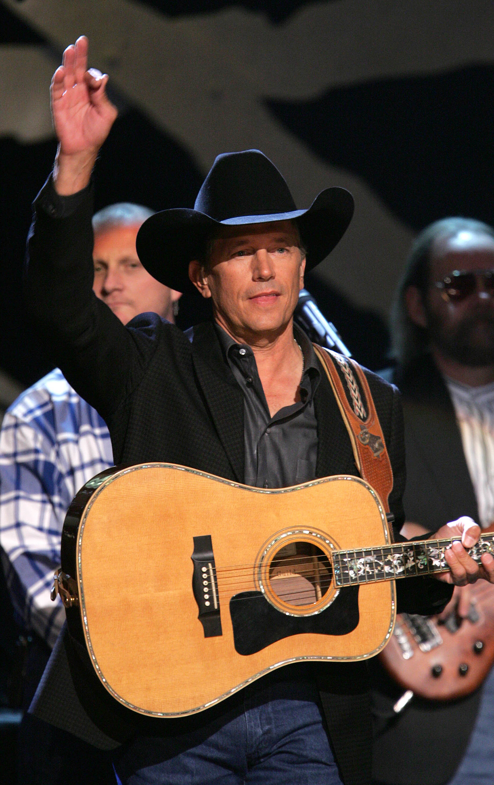 George Strait To Auction Off Farewell Tour Vip And Front Row Tickets