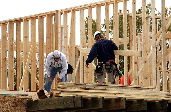 U.S. Housing Starts Rise As Building Permits Surge To 32-Year High