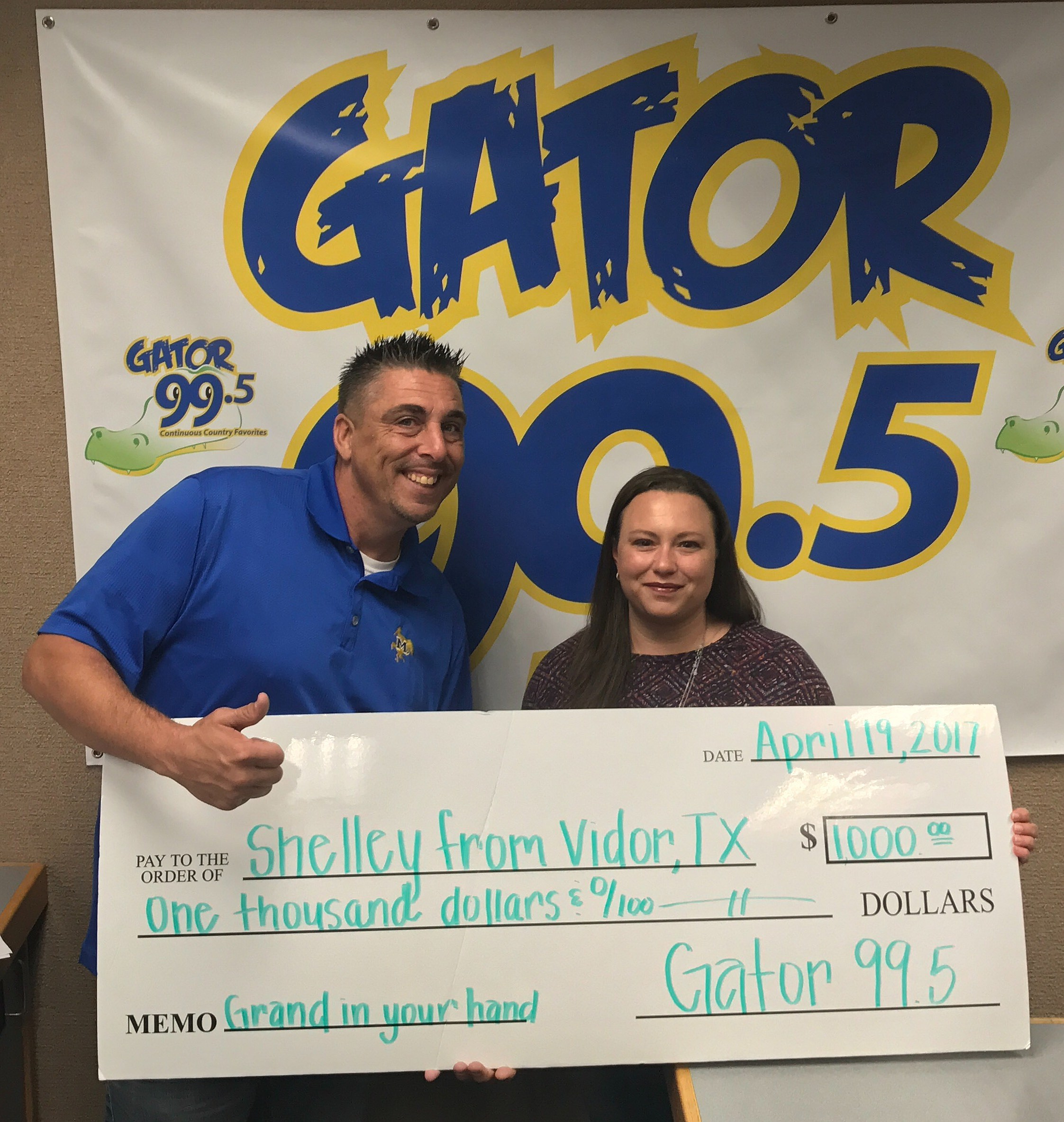 Mike Soileau and Grand In your Hand Winner Shelley From Vidor Texas (Photo by TSM)