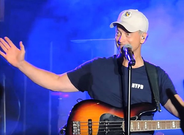 Gary Sinise Amp The Lt Dan Band To Play At Fort Polk June 9